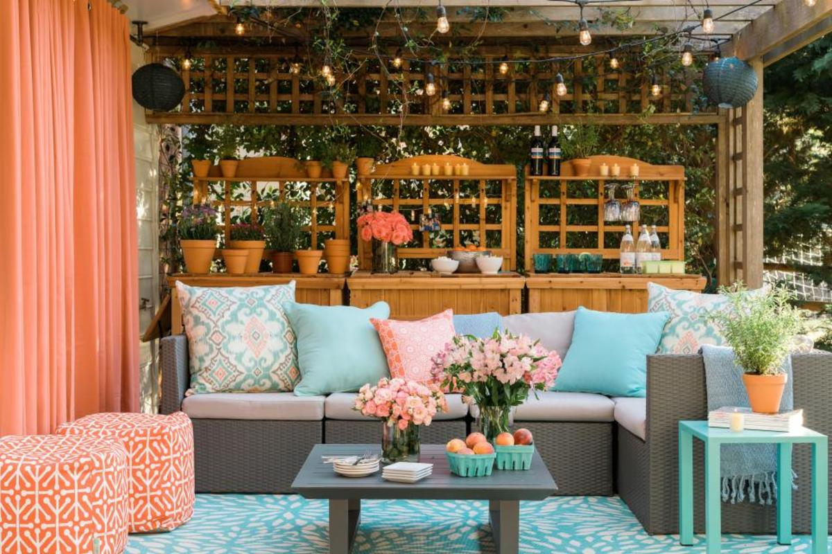You'll love these ideas for beautiful outdoor curtains.