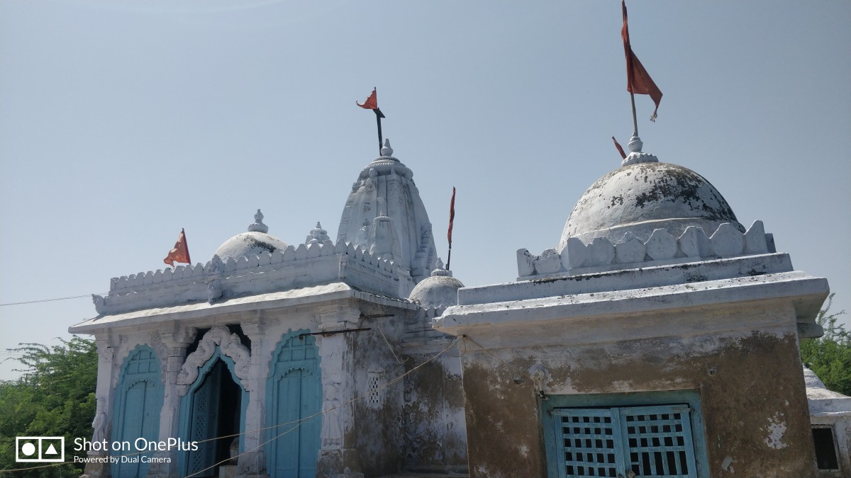 Hatakeswar Shiva temple; Lakhpat
