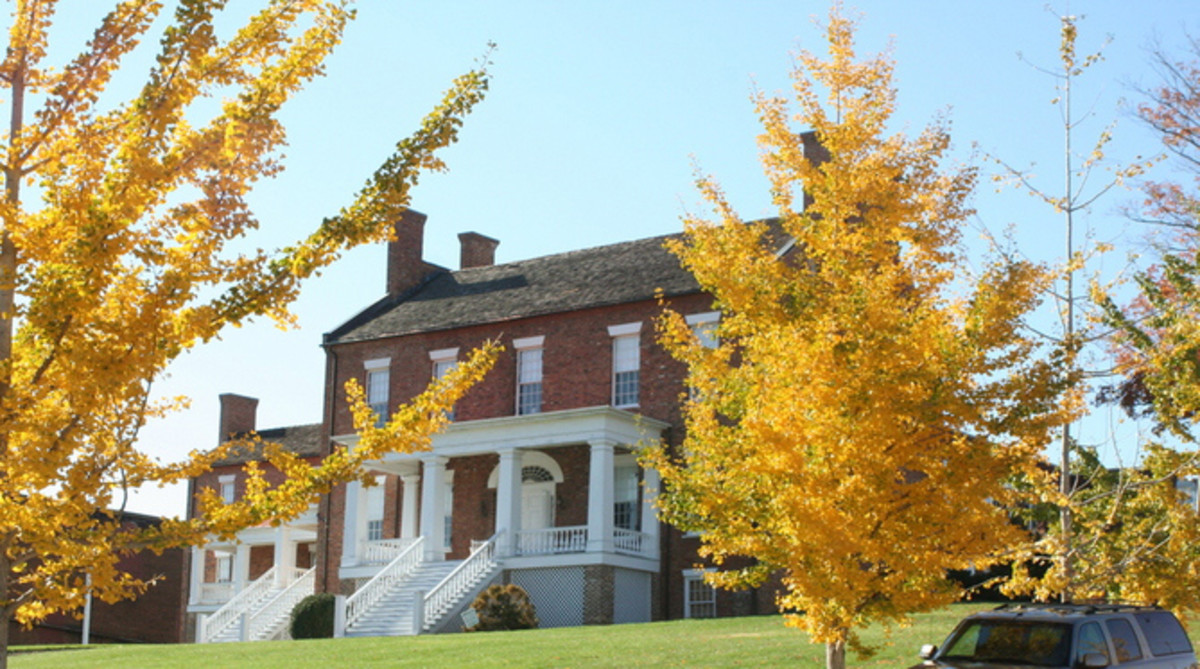 Road Trip Tennessee: 9 Antebellum Period Plantation Home Tours