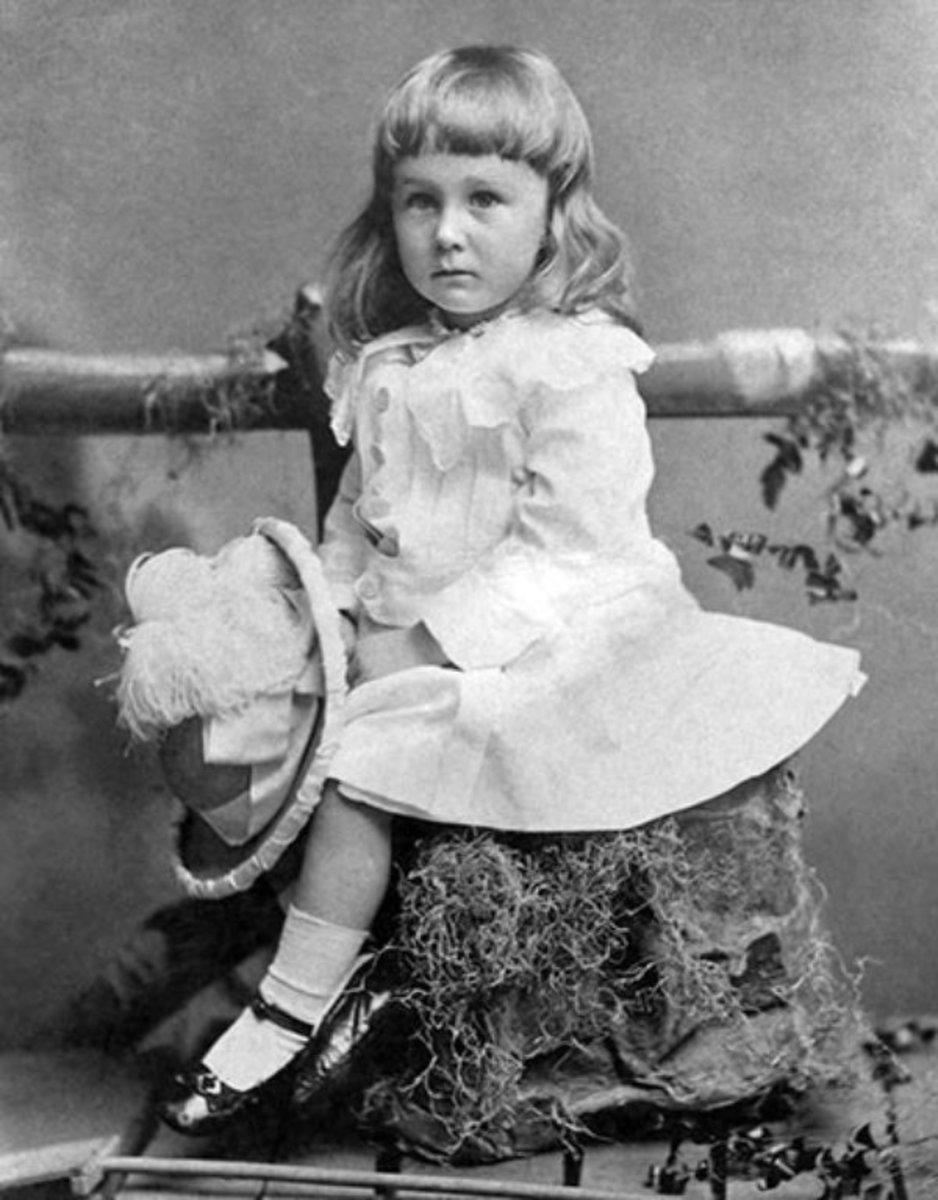 Franklin Delano Roosevelt circa 1884 - when little boys dressed like girls
