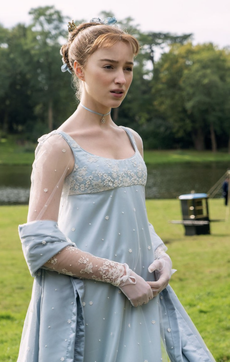 Phoebe Dynevor as Daphne Bridgerton