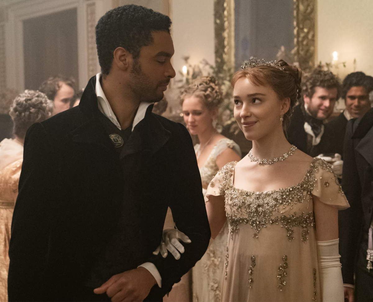 Phoebe Dynevor as Daphne Bridgerton and Regé-Jean Page as Simon Bassett