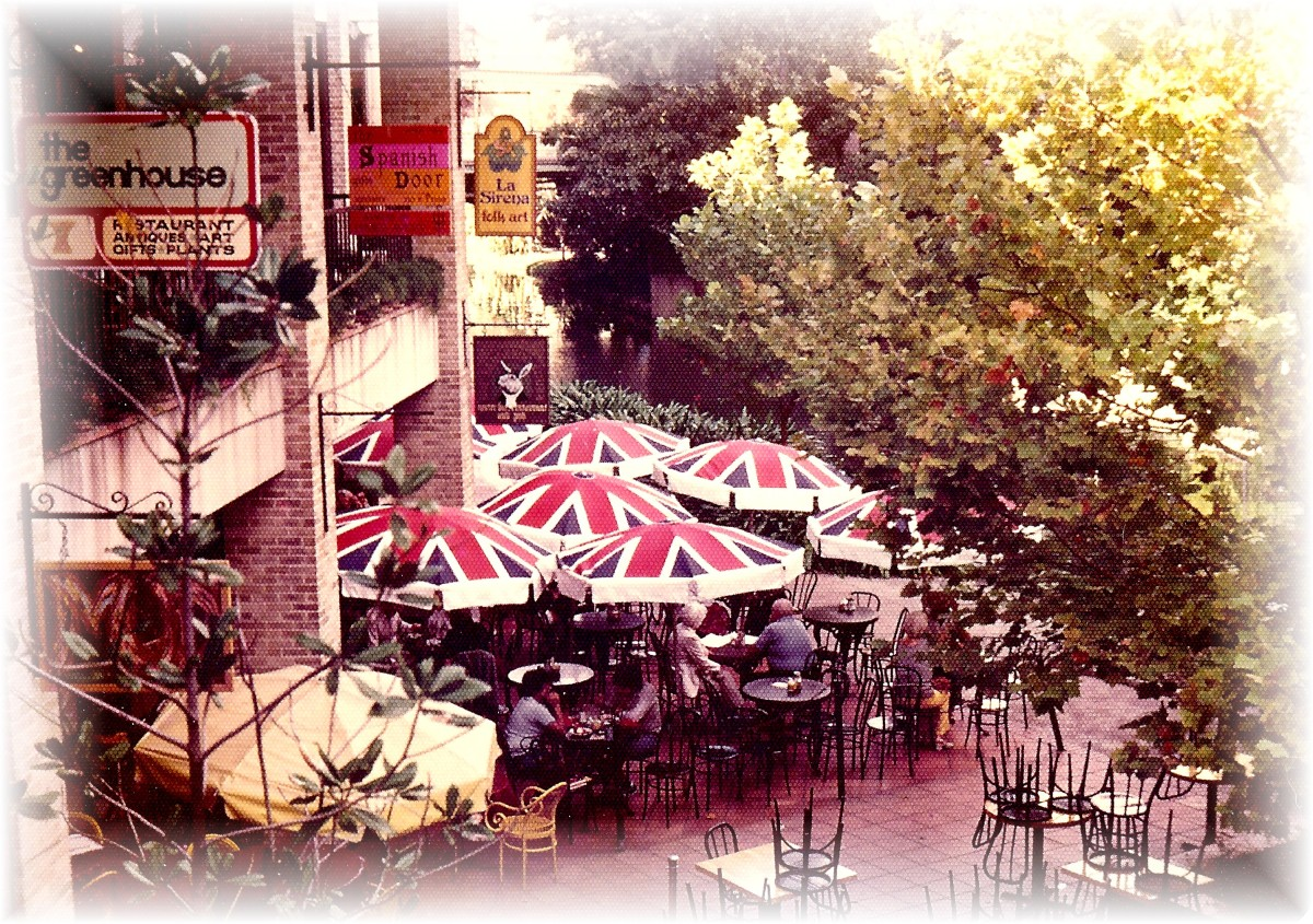 One of our favorite places along the Riverwalk looking down at the Kangaroo Court