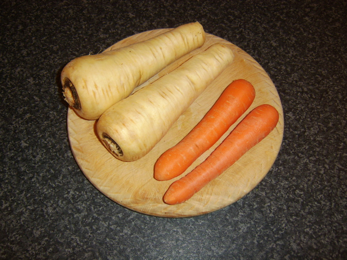 Parsnips and carrots for mash