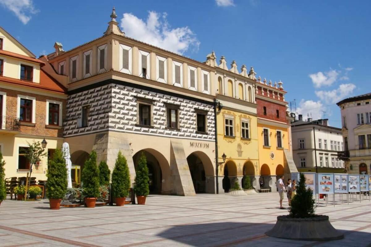 Tarnow Poland Travel Guide