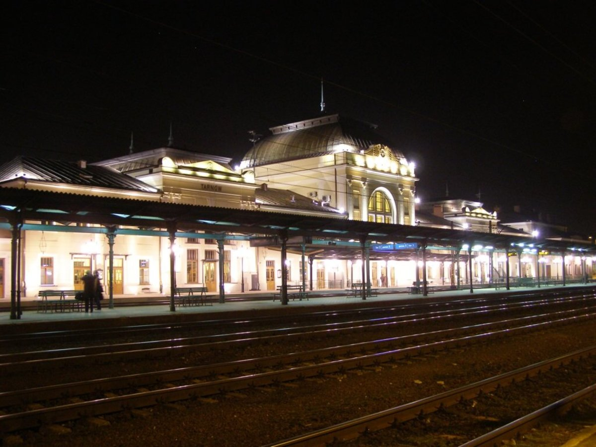 Tarnow Train Station