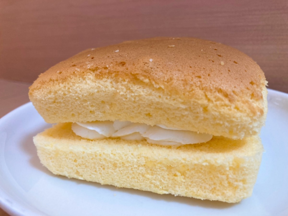 A small Taiwanese Castella Cake with a whipped cream filling