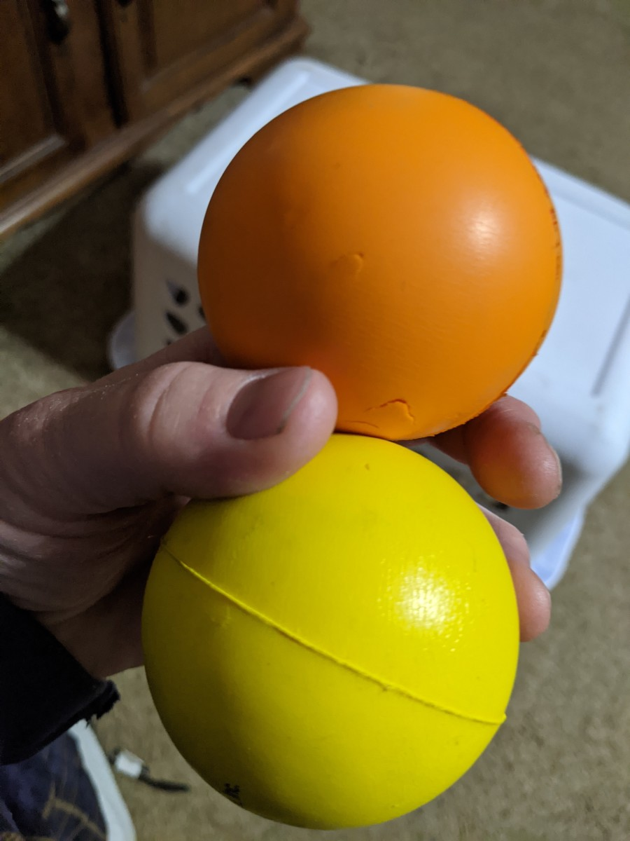 Stress balls, made of compressed rubber, for easy squishing