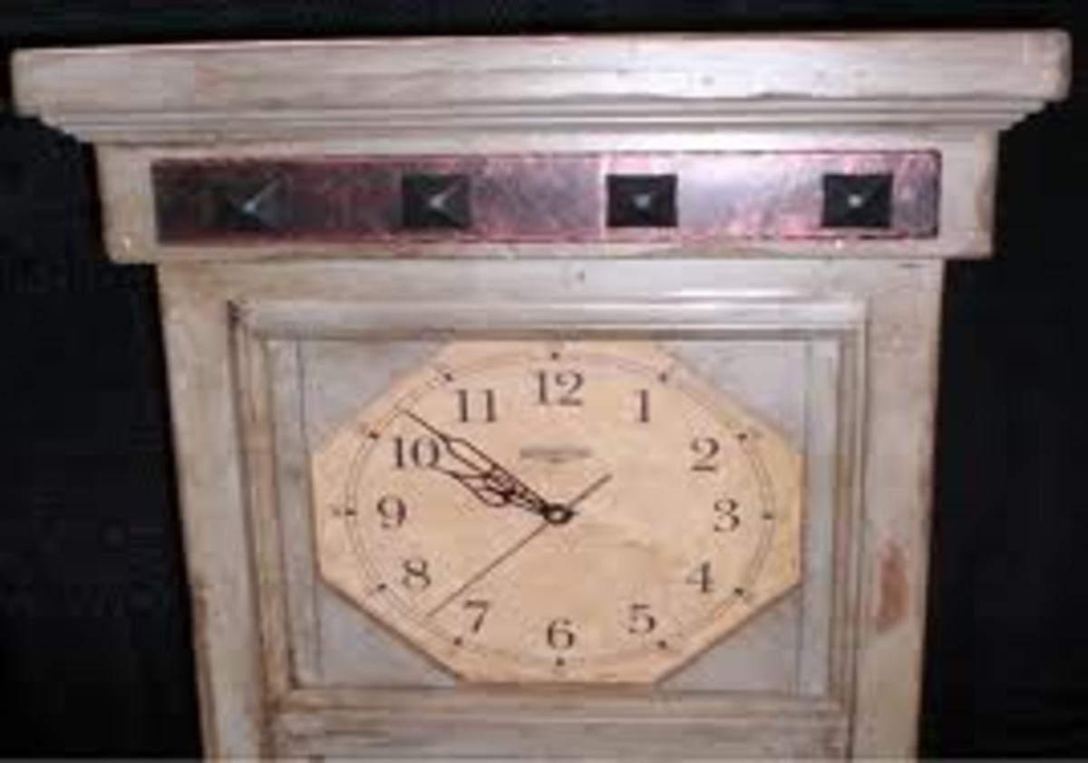Flat-topped clock.