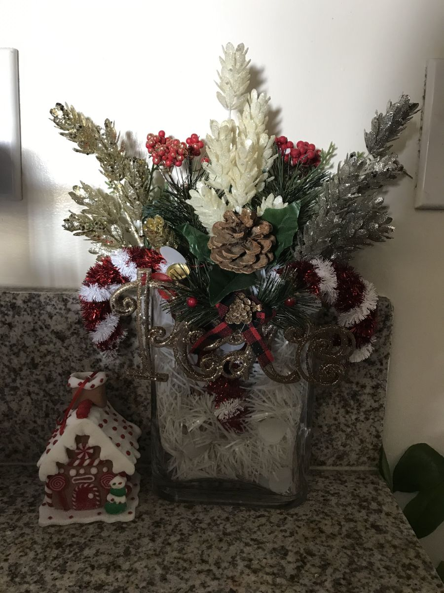 dollar-store-christmas-decorations