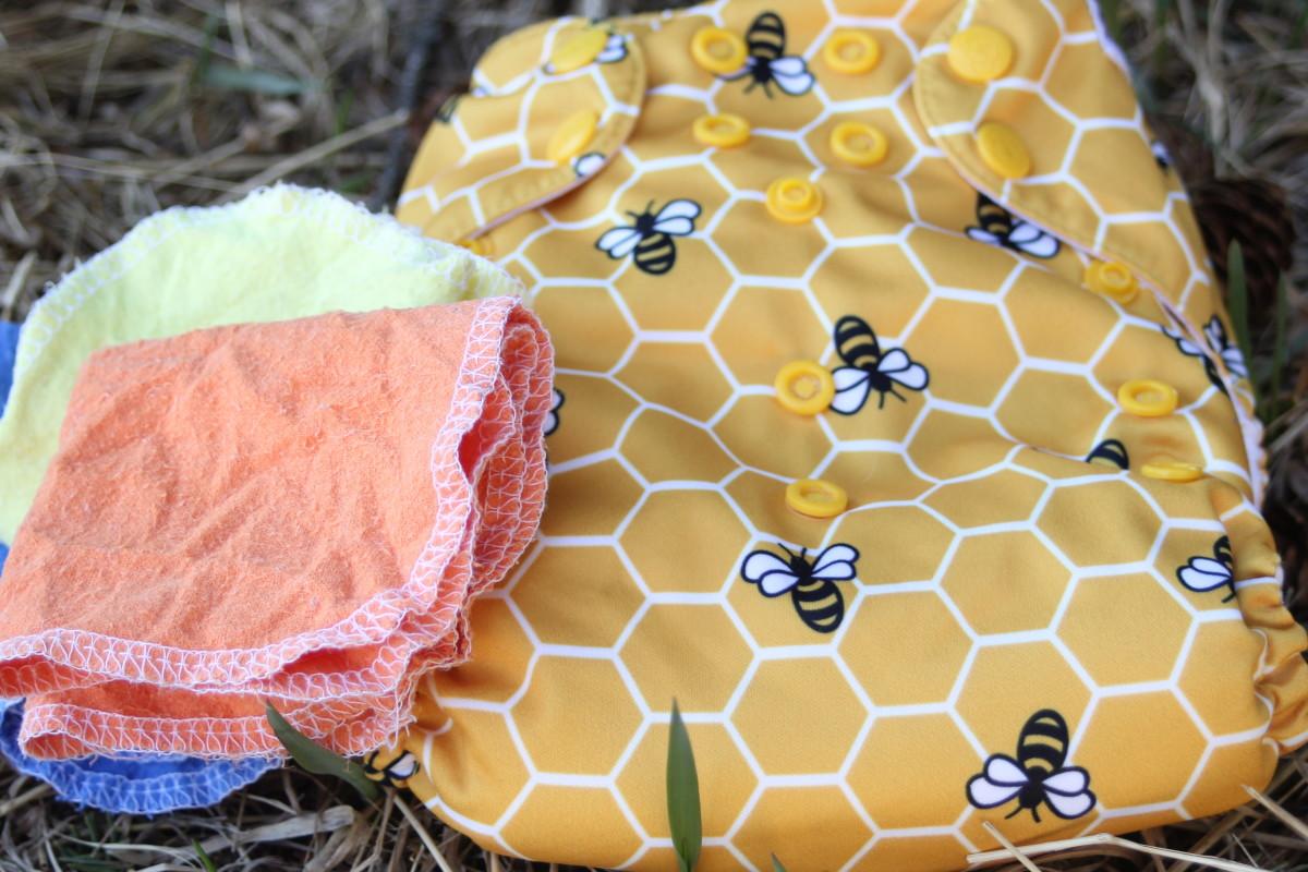 Reusable pocket cloth diaper