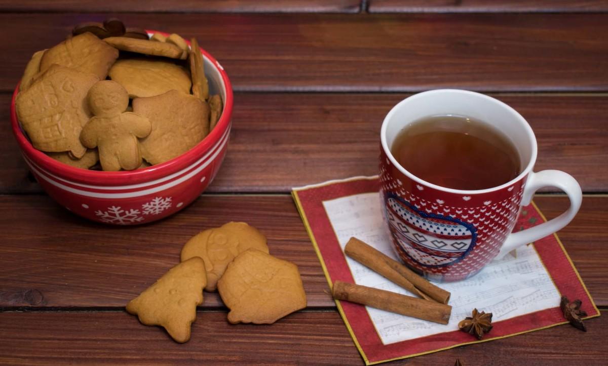 A Joyful Cup of Christmas Tea