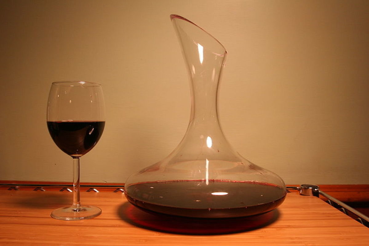 Wine Decanters and Reasons To Use Them