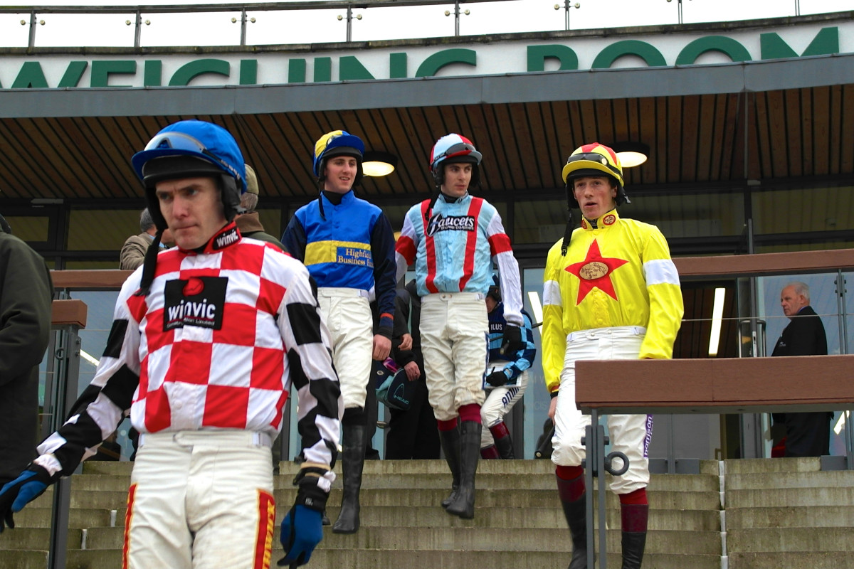 Grand National Jockeys