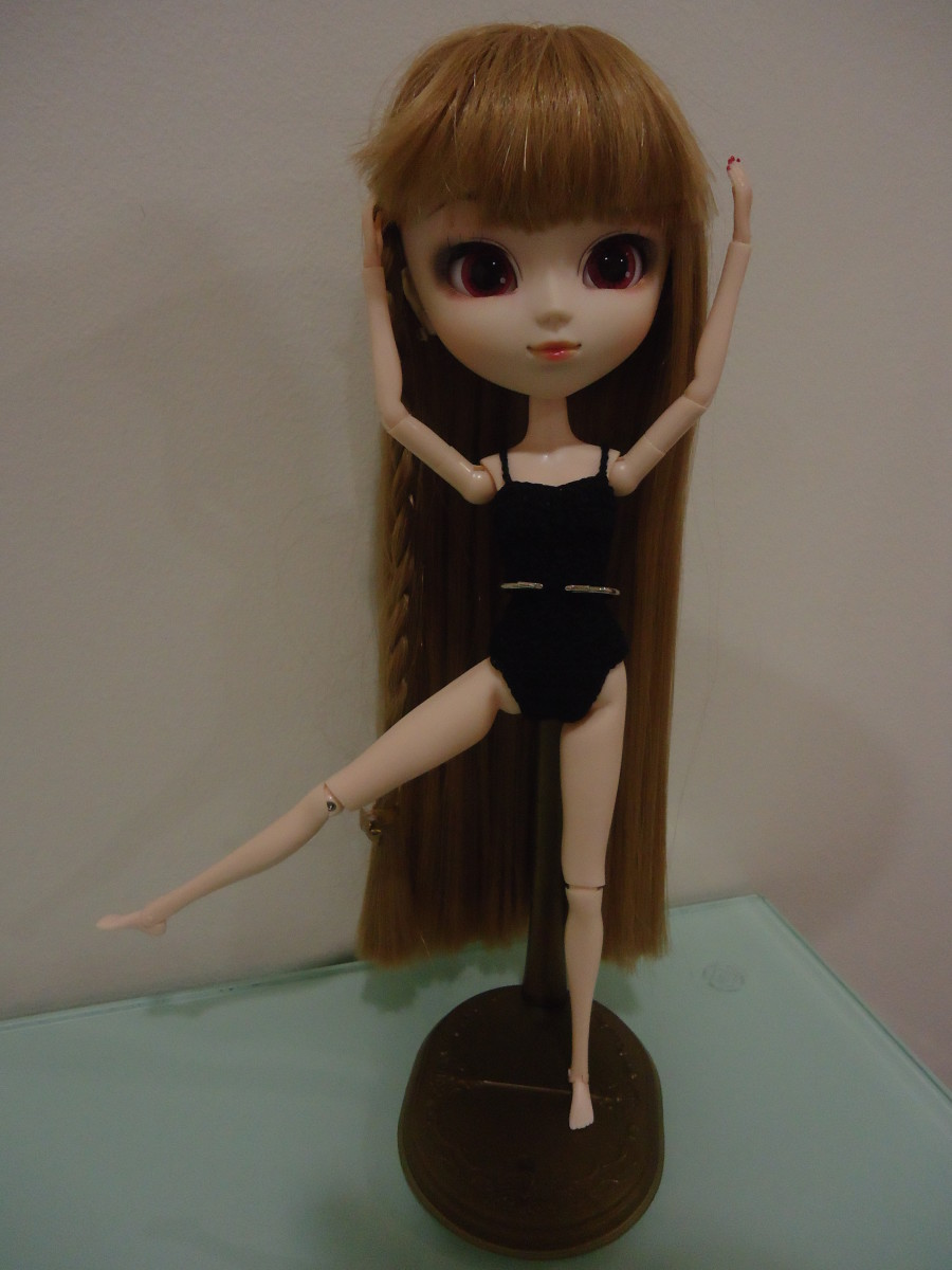 Pullip Basic Leotard (Free Crochet Pattern)
