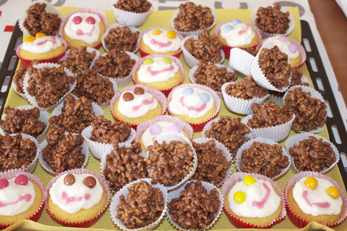 Cup Cakes and Krispy Buns for Everyone