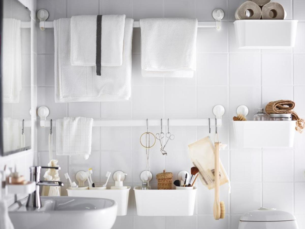 How was installed an IKEA bathroom vanity!