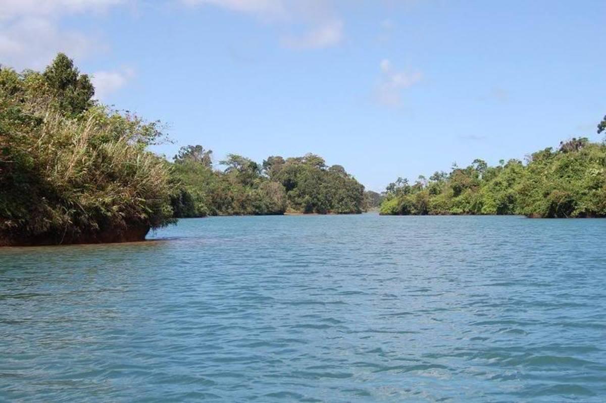 Lake Caliraya, Caliraya, Laguna