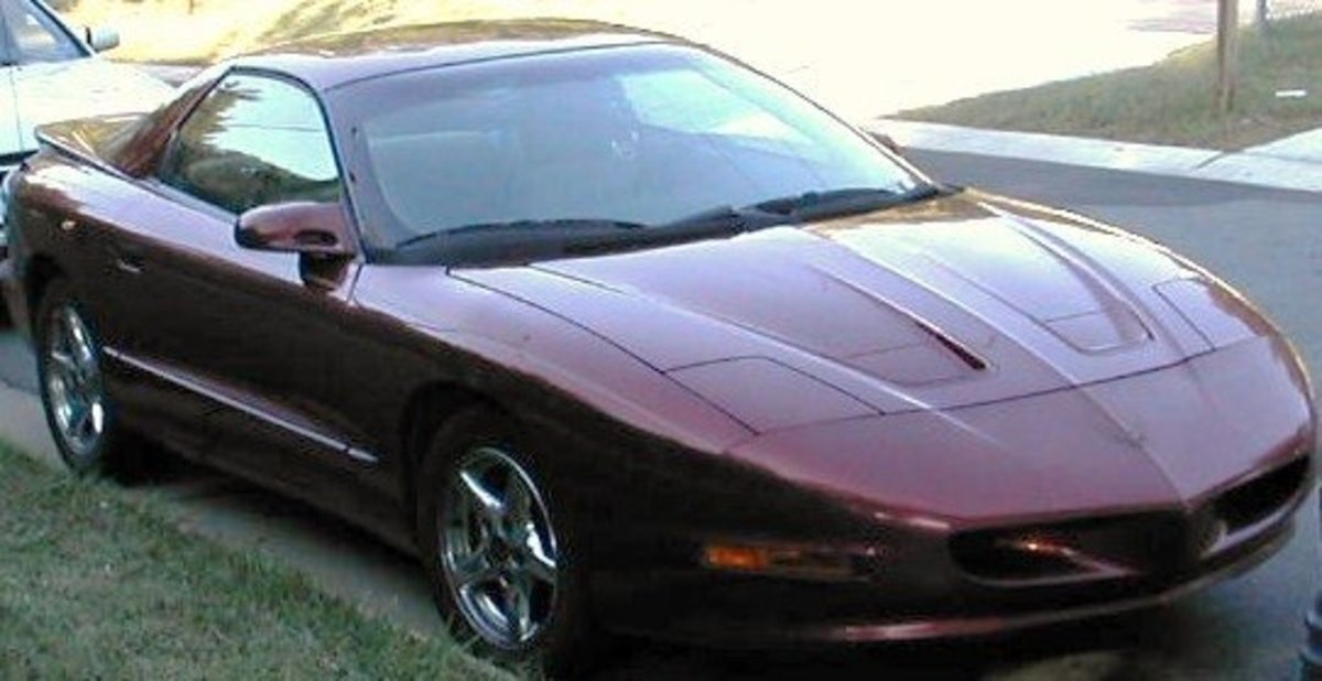 My latest Firebird was this 1996 Pontiac Formula with an LT-1 Corvette Engine and a manual six-speed transmission.
