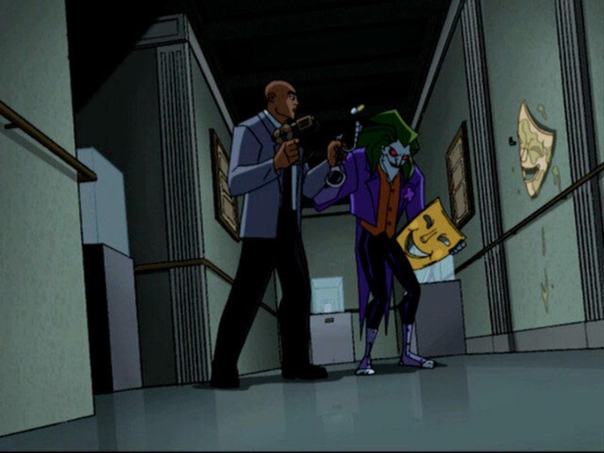 Detective Ethan Bennett tries to arrest the Joker.