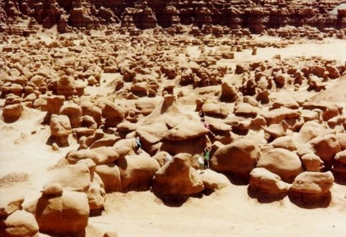 Goblin Valley State Park in Utah ~ Do you see all the people playing and climbing on those rocks? It is another one of Utah's wonderlands!