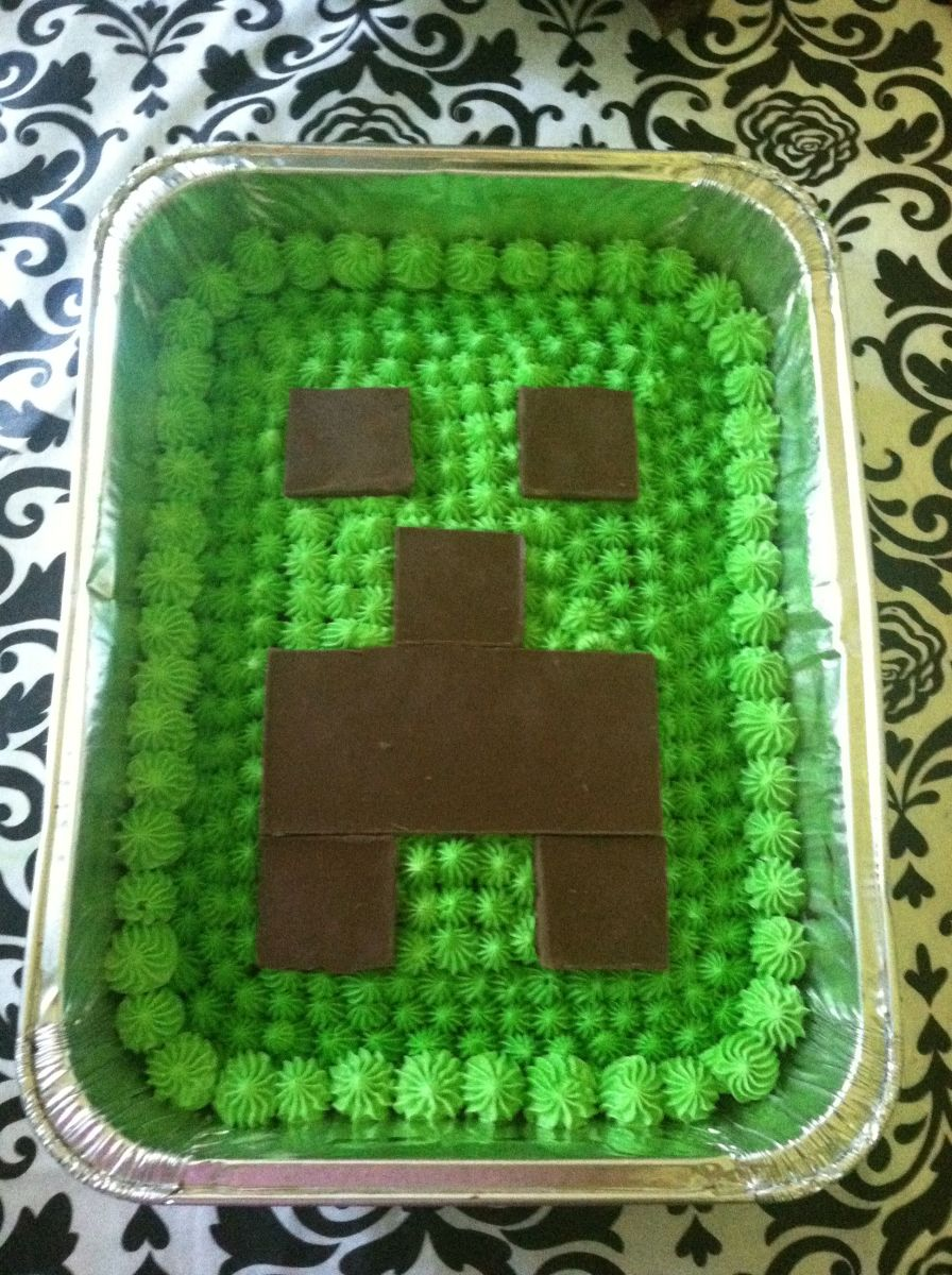 Easy Minecraft Cake Tutorial