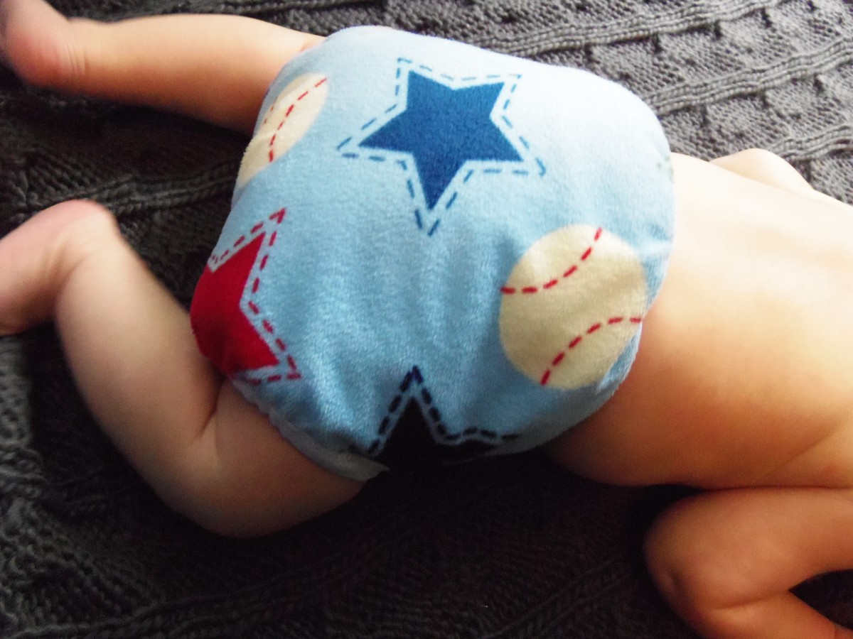 Flat Diaper and Baseball Assunta Diaper Cover