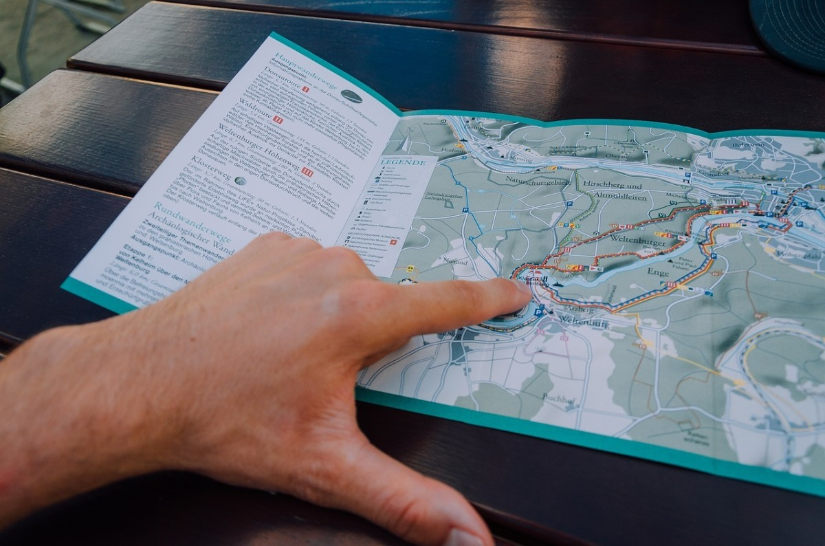 Always keep a paper map with you on your hike.