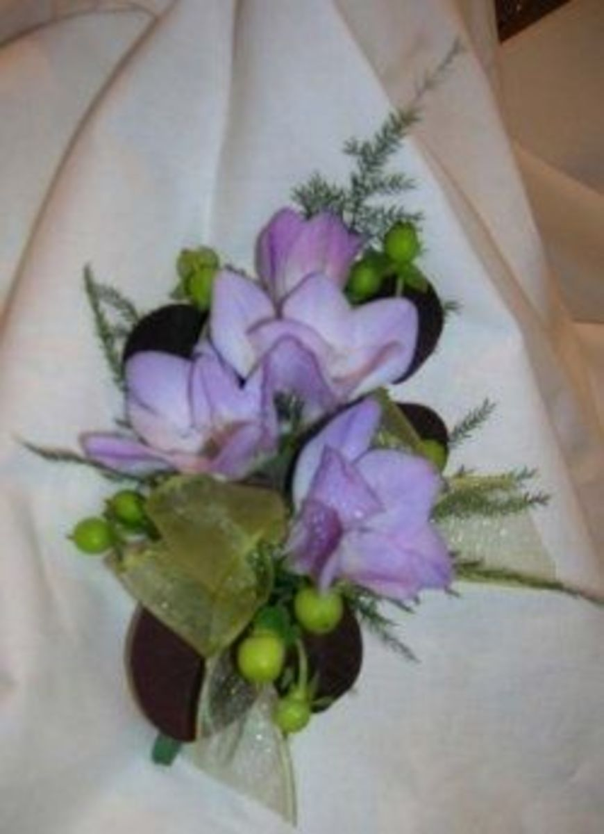 Freesia prom corsage, photo by Kylyssa Shay