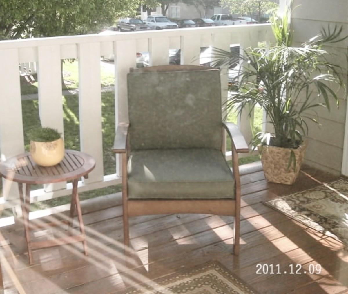 city-patio-design-beautify-your-apartment-or-condo-patio-for-summer