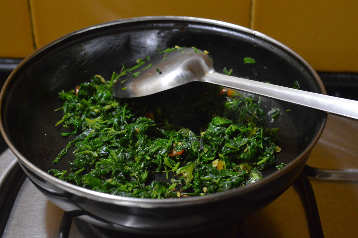 sauteing fenugreek leaves