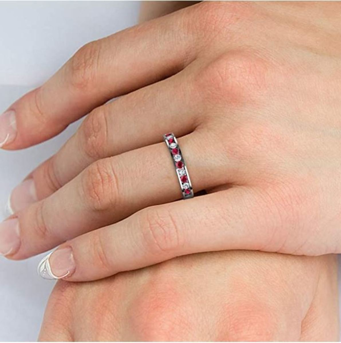 Diamond Ring for Her on 10th Anniversary