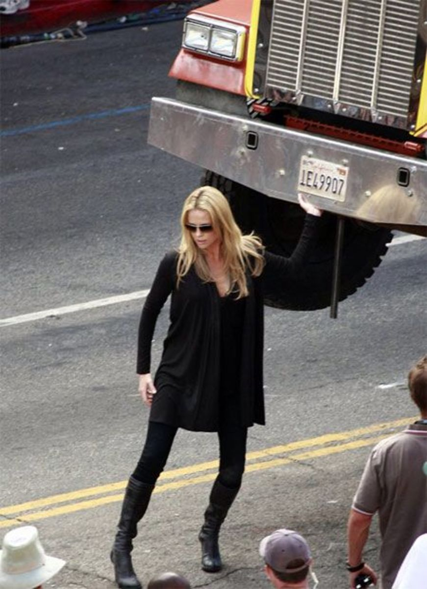 """""""You betta not hit me with that truck!"""""""