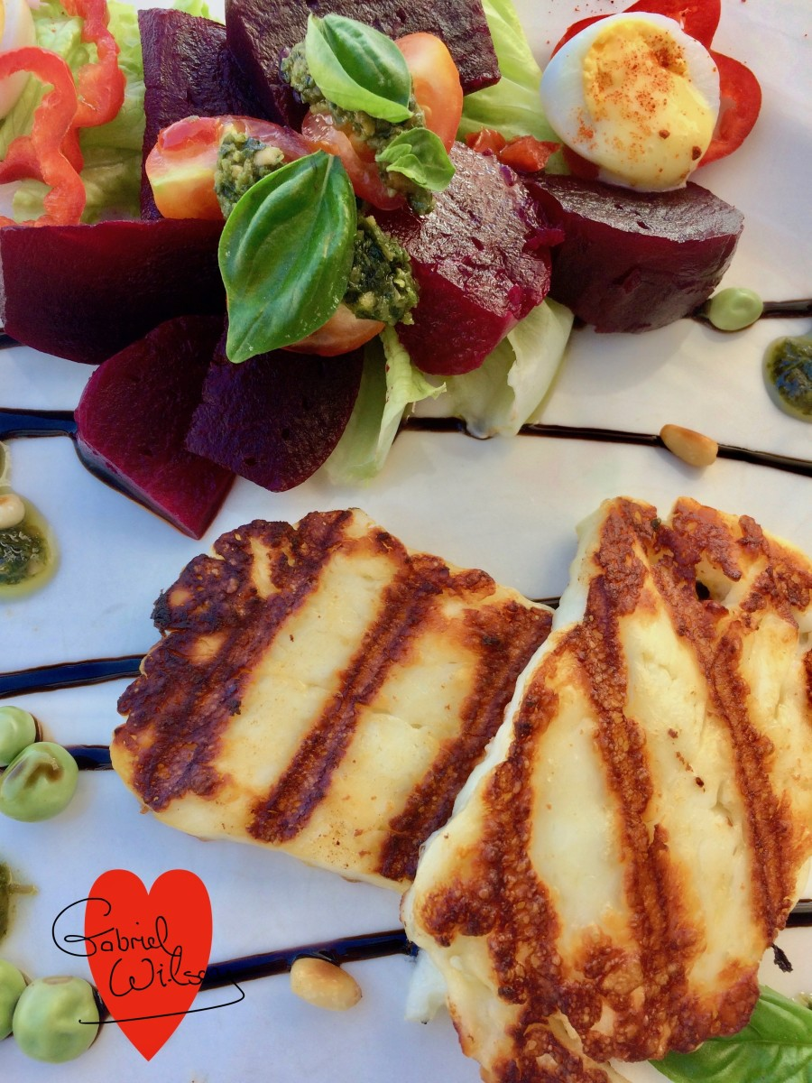 Starter: Grilled Halloumi Cheese