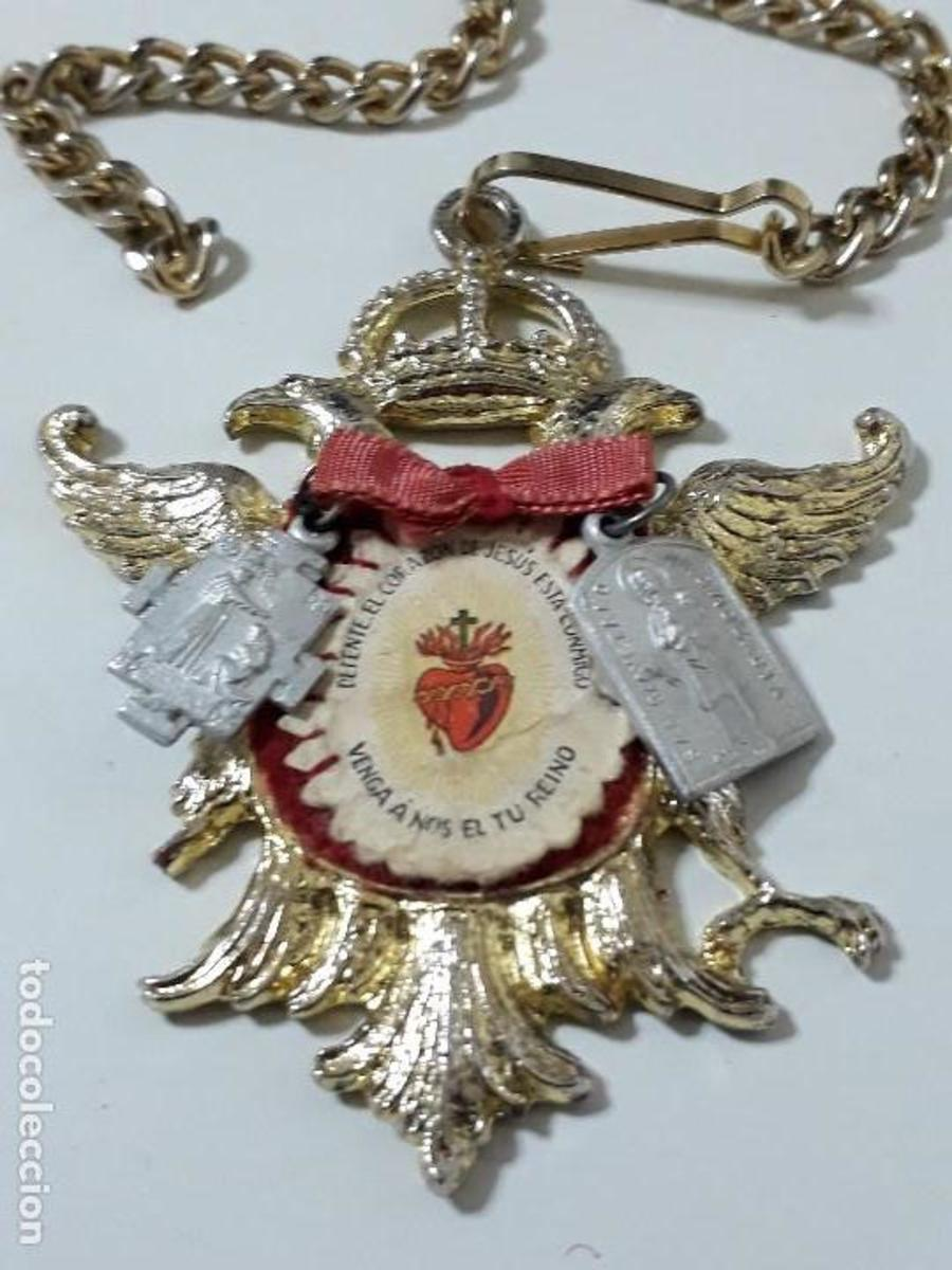 Spanish amulet called Detente Bala