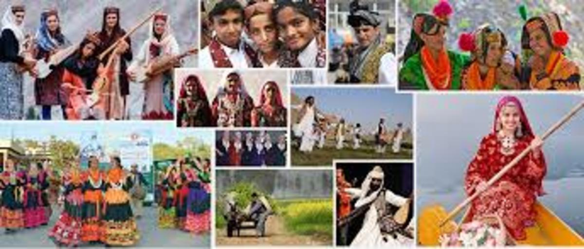beautiful-regional-clothing-for-pakistani-men-and-women