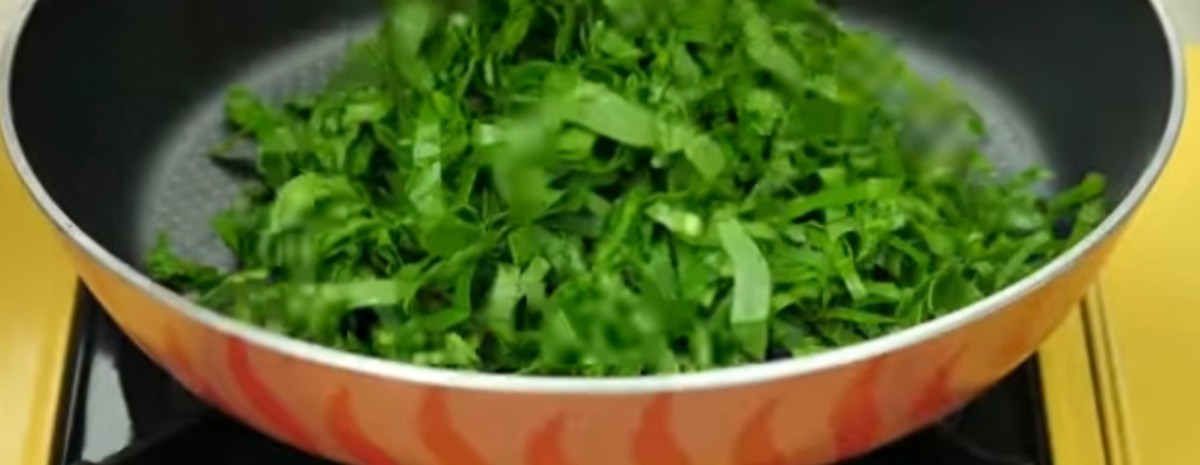 Now add 1 cup chopped spinach, and saute for 2 to 3 minutes.