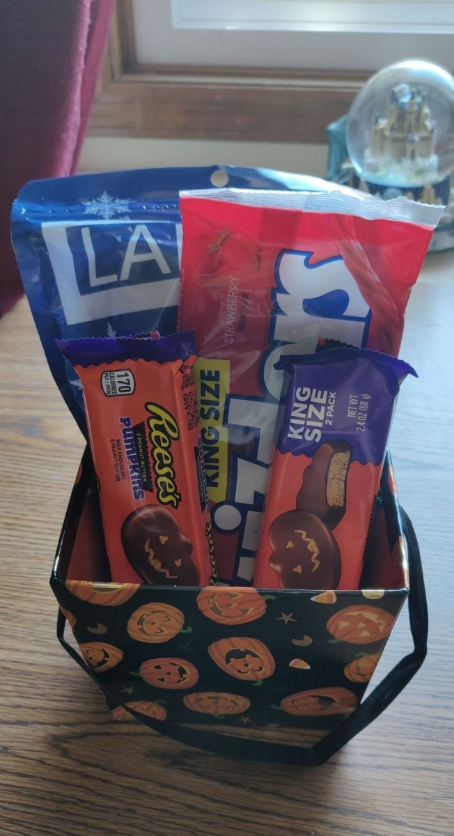 Halloween Basket I made for a friend