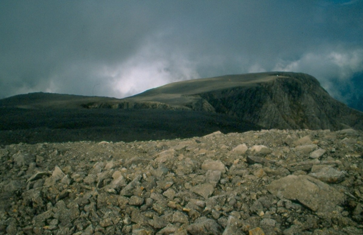 View of Carn Dearg (1214 meters) from the broad summit ridge of Ben Nevis.