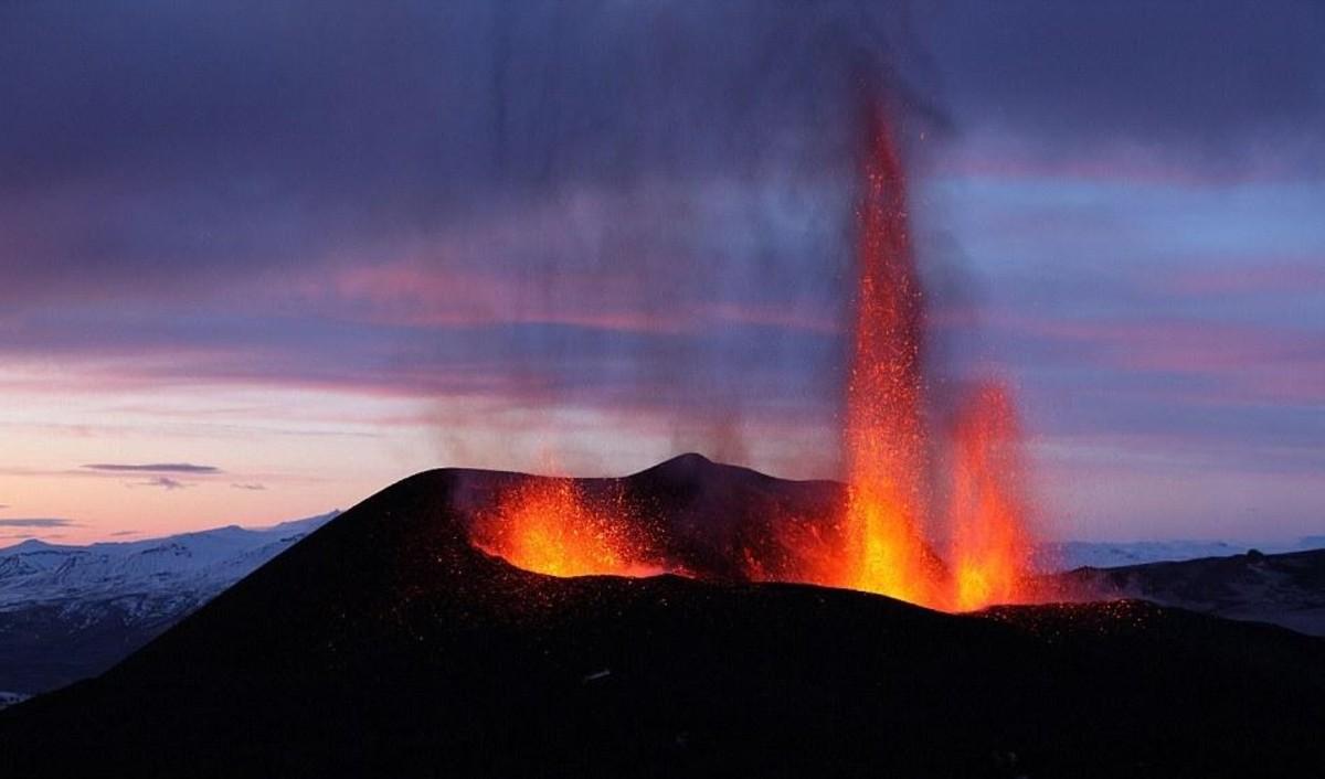 Eyafjallajokull volcanic eruption 2010