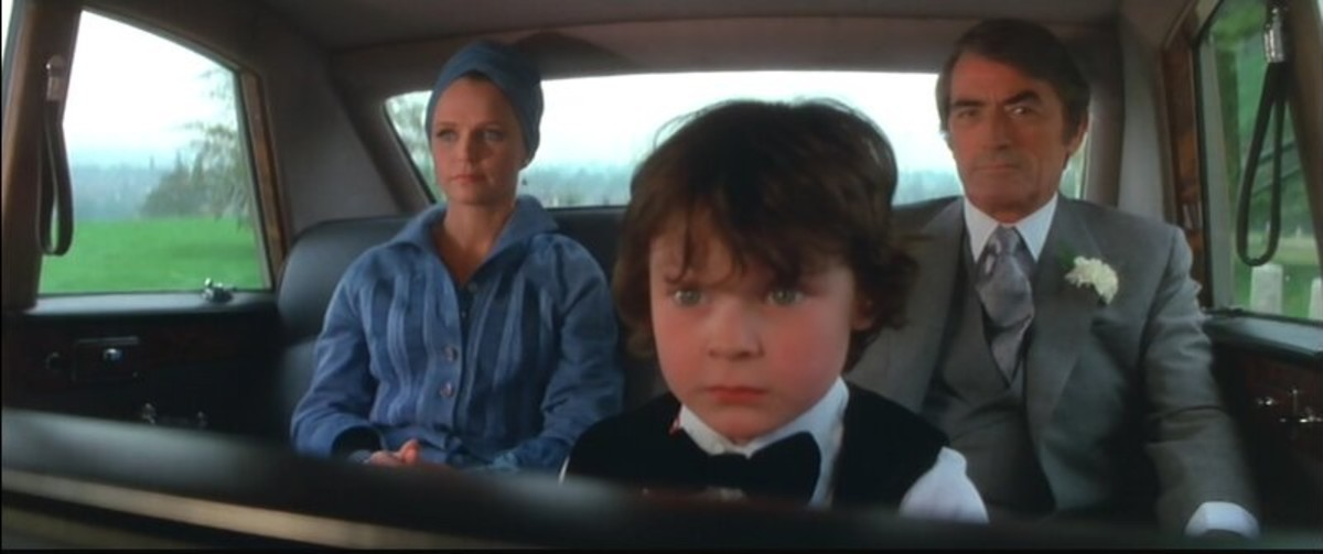 Lee Remick, Harvey Stephens and Gregory Peck in The Omen (1976)
