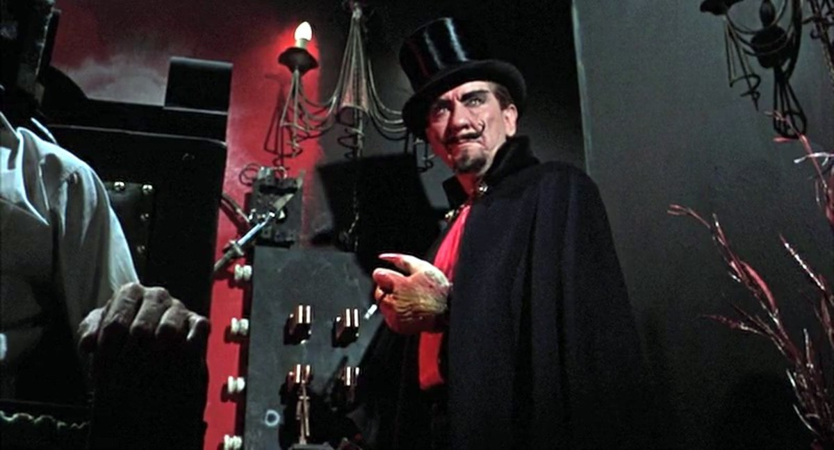 Burgess Meredith in Torture Garden (1967)