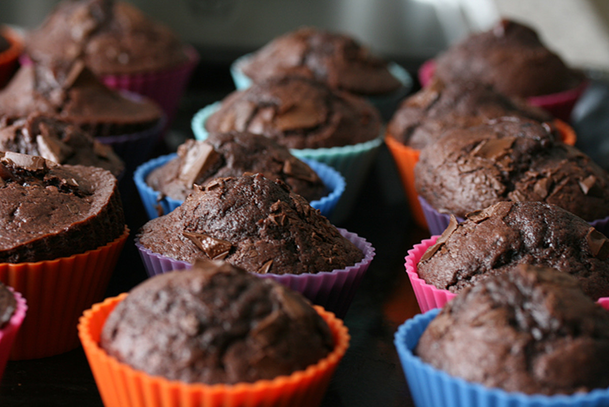 Dark Brown Flaxseed and Apple Muffins