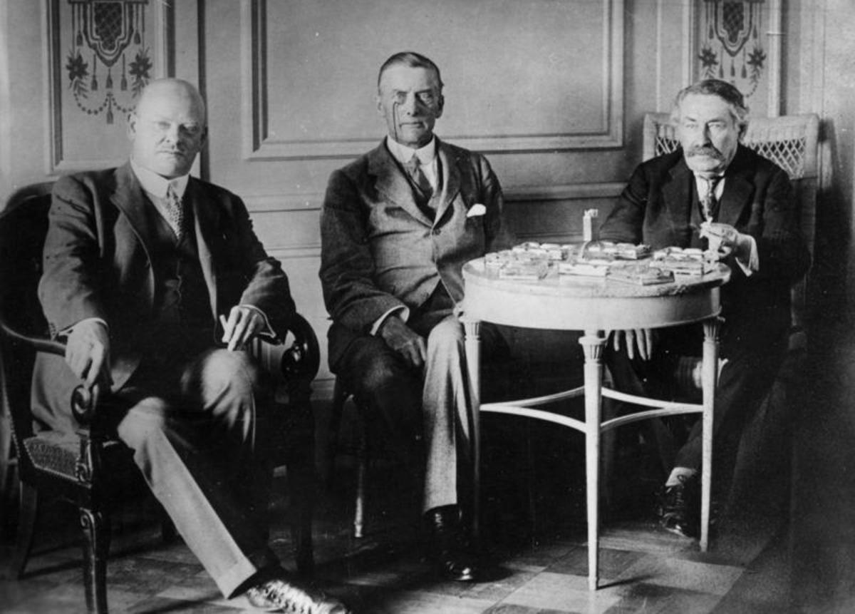 Gustav Stresemann, Austen Chamberlain, and Aristide Briand - the foreign ministers of Germany, the United Kingdom, and France - during the negotiations for the Locarno Pact