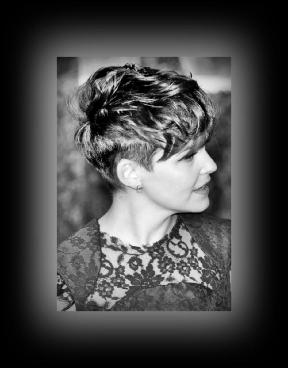 Ginnifer Goodwin - cutting edge - 2013 Best Celebrity Short Hairstyles Hair Cuts Trends