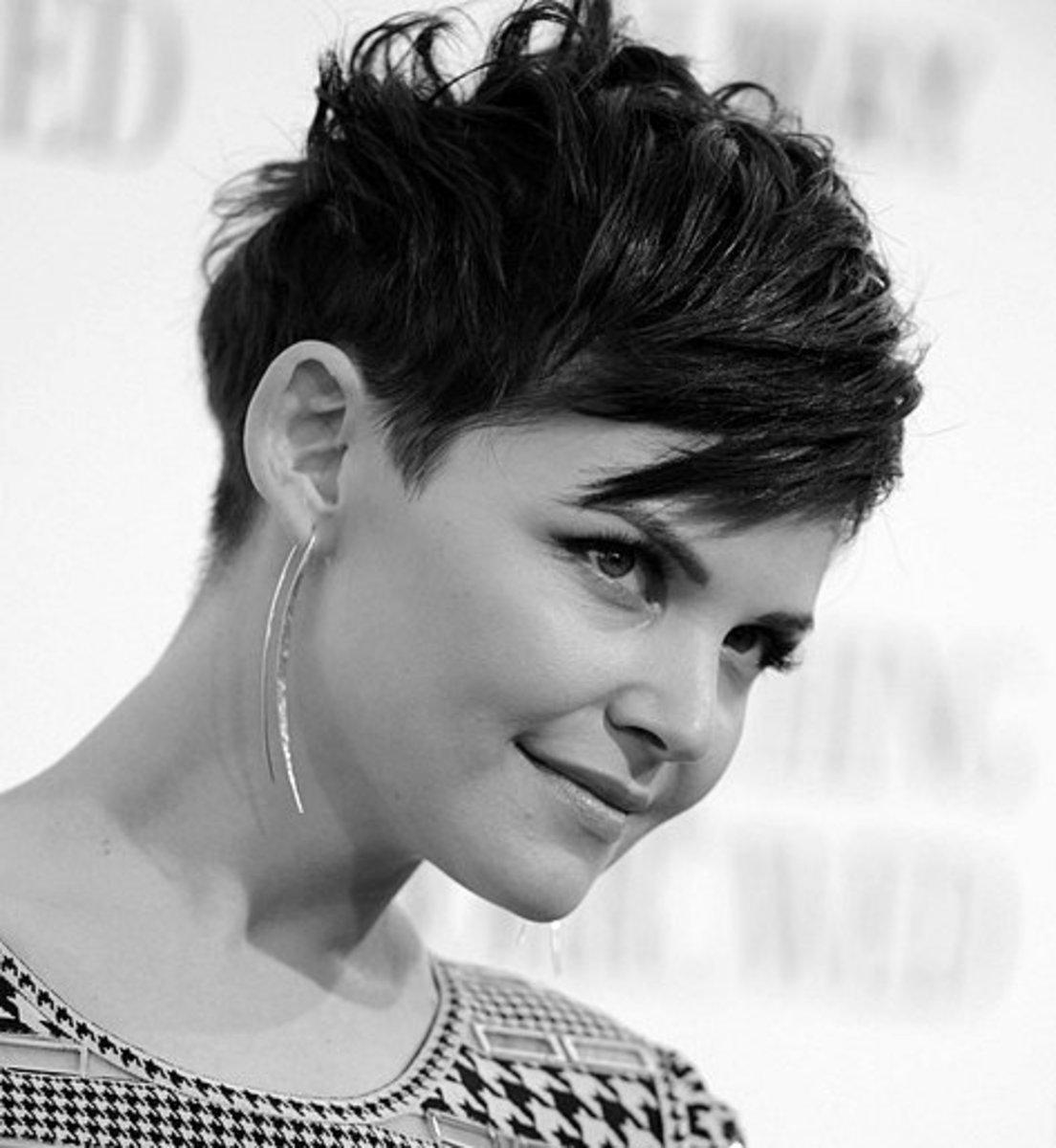 - Gennifer Goodwin short hairstyle - 2013 Best Celebrity Short Hairstyles Hair Cuts Trends -