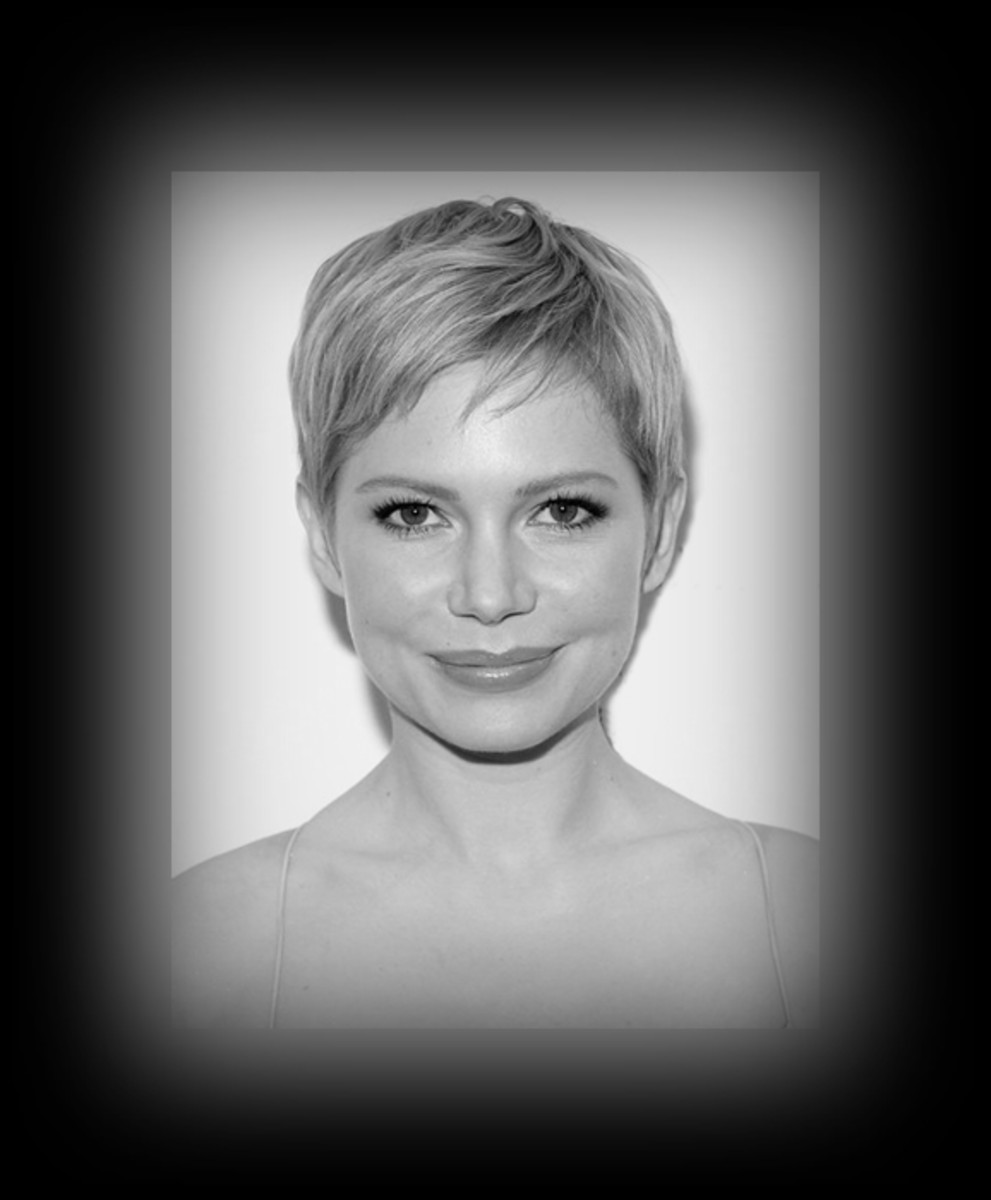 Michelle Williams - 2013 Best Celebrity Short Hairstyles Hair Cuts Trends