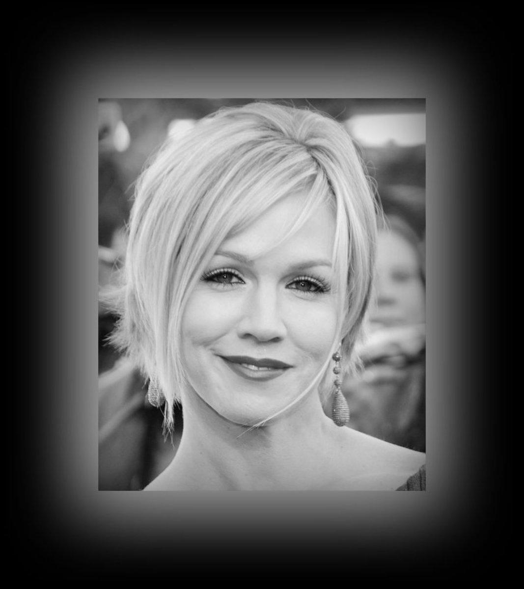 Jennie Garth - Best Short Bob - 2013 Best Celebrity Short Hairstyles Hair Cuts Trends