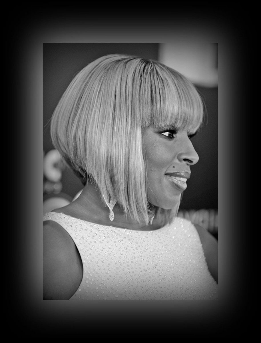 Mary J. Blidge - 2013 Best Celebrity Short Hairstyles Hair Cuts Trends