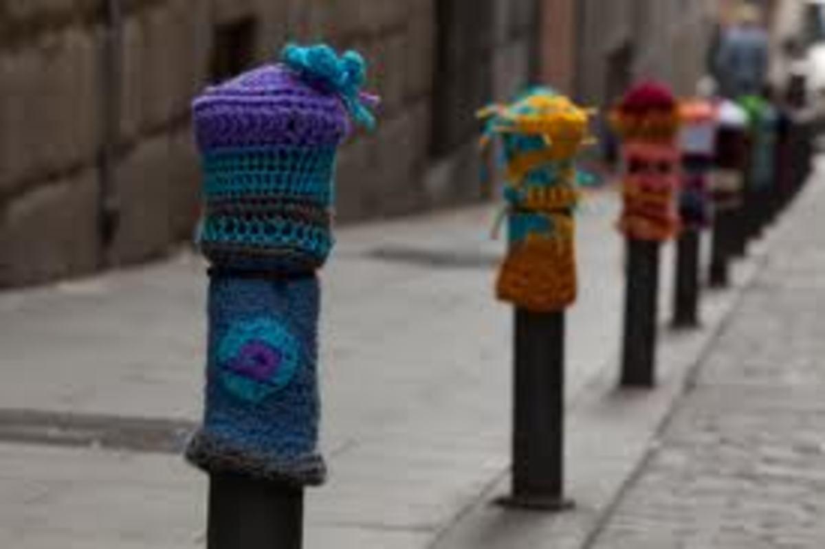 Street Post Yarn Bomb